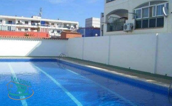 Apartment with 1 bedroom, large terrace, in a residence with swimming pool