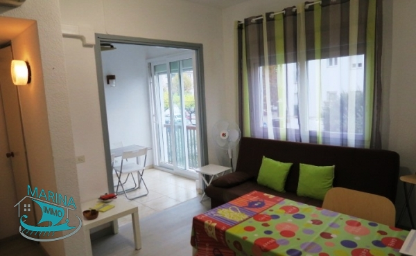 Renovated apartment in the center of Empuriabrava