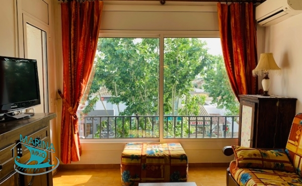 Apartment with morring in the city center
