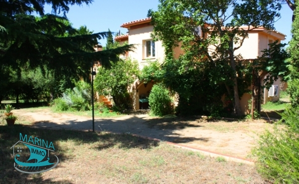 Large and beautiful property 10 minutes from the beach of Rosas