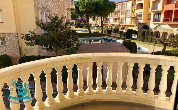 New nice apartment with two bedrooms, parking and pool, close to the beach