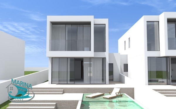 New construction villa with 4 bedrooms, pool and mooring